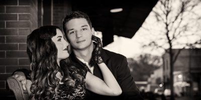 Vintage-black-and-white-romance-photo-shoot